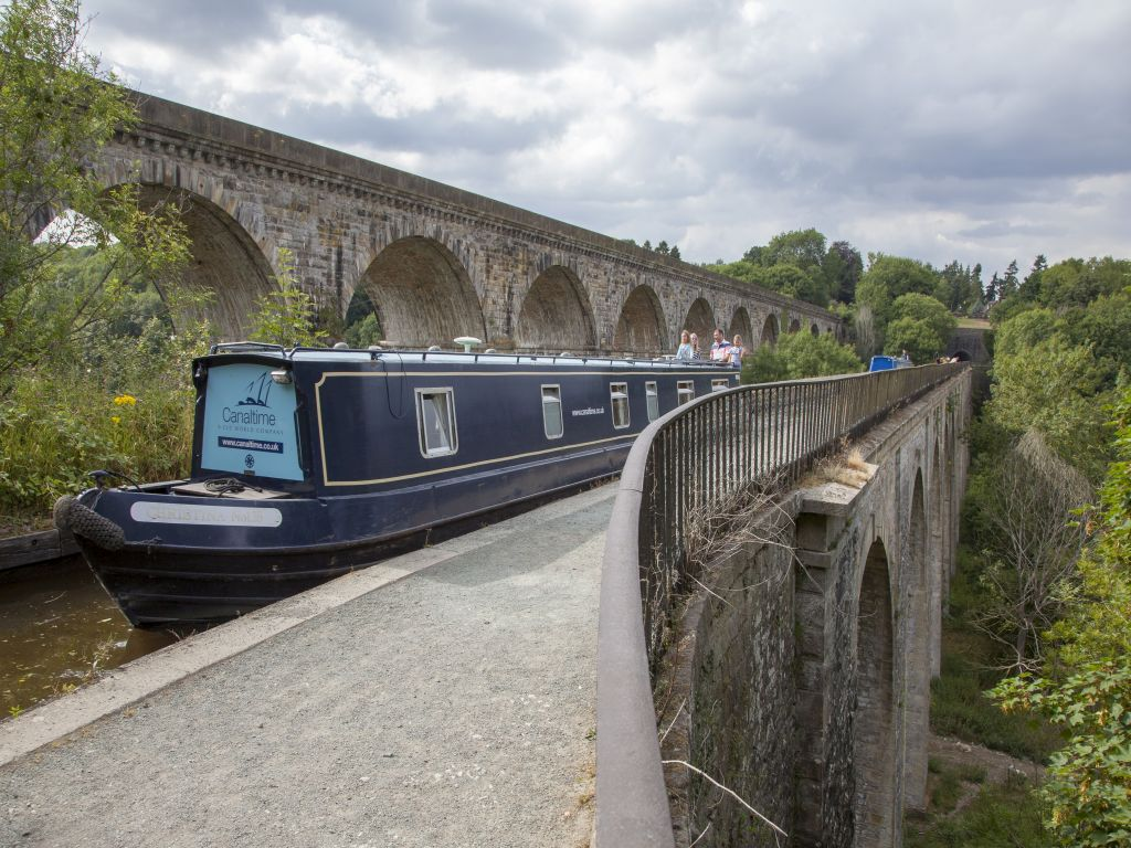 A canal holiday is just the thing for a 'digital detox'