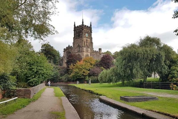 GettyImages-1066882264_St Mary's Church and the Staffordshire Worcestershire Canal
