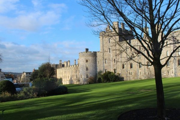 london-windsor-castle-5127106_1920-e1631015442925